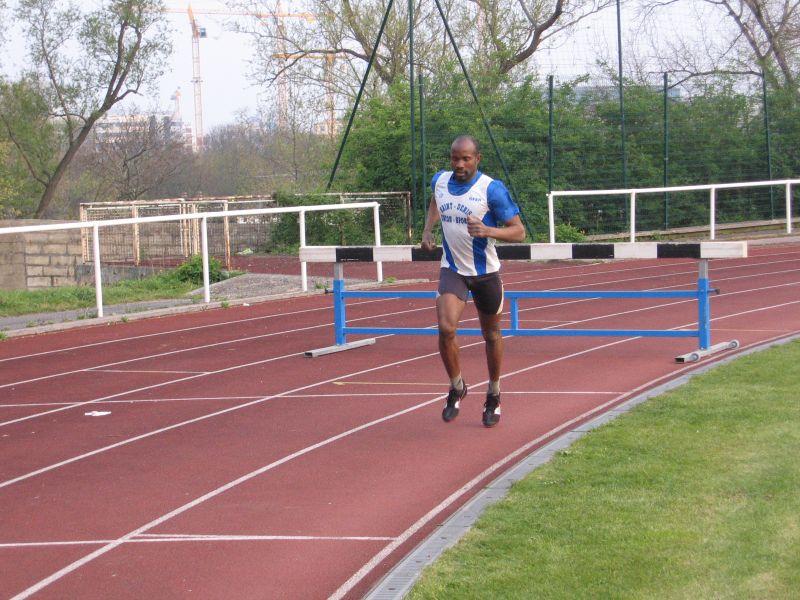 2008-04-10_Champ_depart_piste_St_Ouen_011